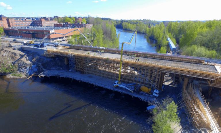 Emakosken silta