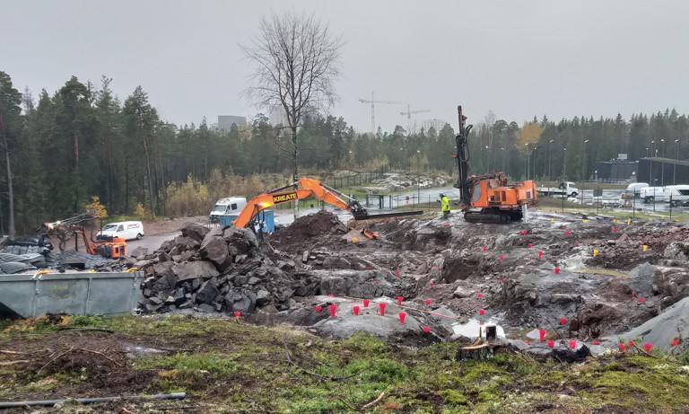 louhintatyöt meneillään Espoonlahden tulevalle paloasemalle